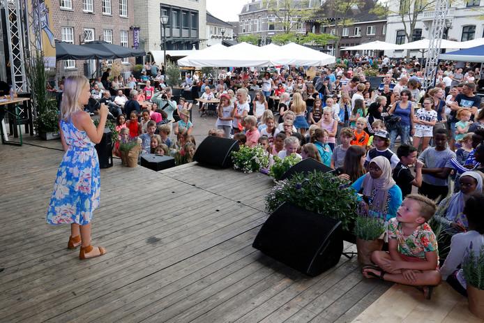 De winnares van de Voice Kids trad in 2016 op tijdens Geldrop Anders.