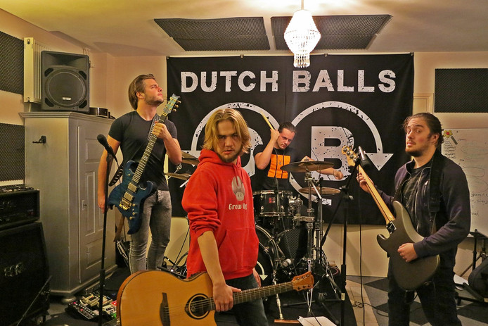 Dutch Balls