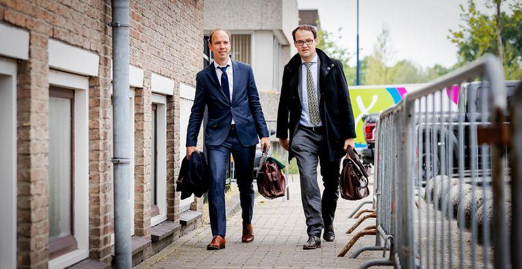Sander Janssen (L) en Robert Malewicz. De advocaten van Willem Holleeder tijdens een eerdere zittingsdag deze maand. Beeld anp