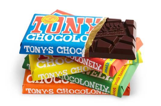 Tony's Chocolonely is een van de succesvolle kleinere merken die een plekje bij de AH heeft veroverd.