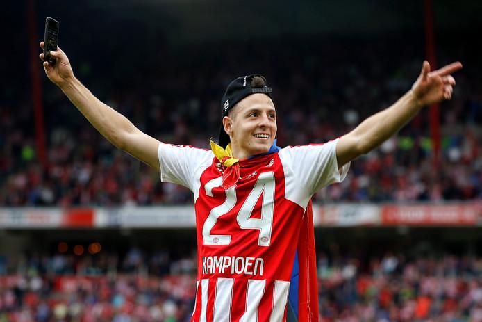 PSV-verdediger Santiago Arias verkast naar Atlético Madrid