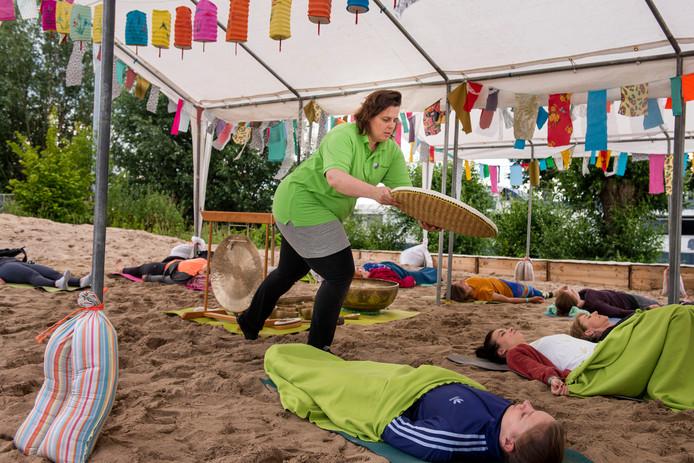 Festivals komen in alle soorten en maten, maar een festival voor yoga was er nog niet in Breda.