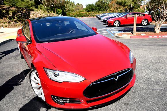 Een Tesla Model S.