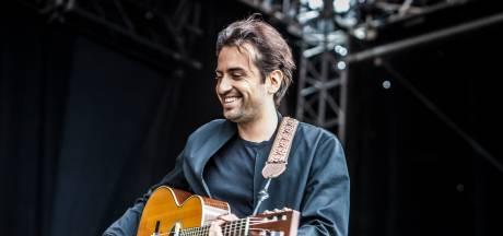 Dotan kondigt Nederlandse tour aan en speelt eind februari in Doornroosje