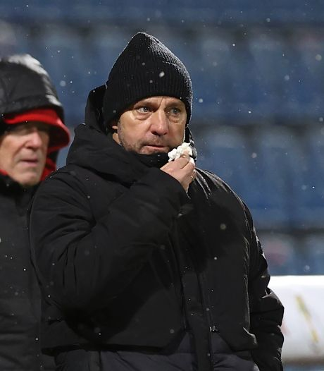 Bayern-trainer Flick verbijsterd na afgang: 'Ik ben in shock'