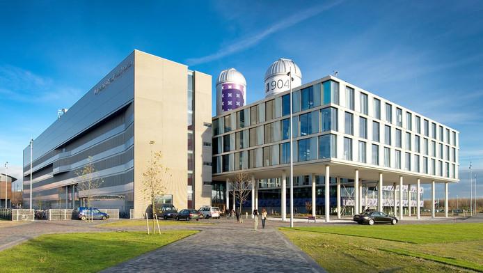 Voor de Universiteit van Amsterdam openen Bol.com en Albert Heijn de weg naar miljoenen proefkonijnen.