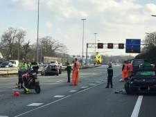 Man (70) die gewond raakte bij ongeluk op A2 bij Vught, in ziekenhuis overleden