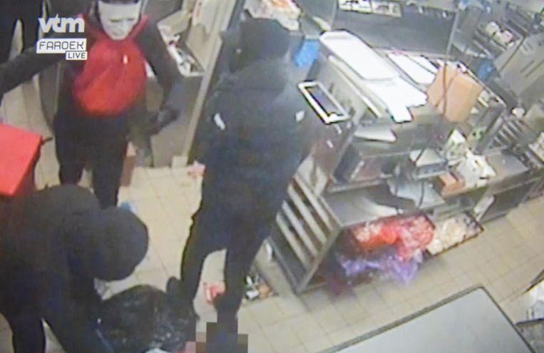 Archiefbeeld - Een beeld van de overvallers die actief waren in de McDonalds.