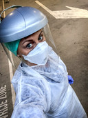 Roos America, de vrouw van voetballer Ruud Vormer werkt als spoedarts in het Maria Middelares Ziekenhuis in Gent.