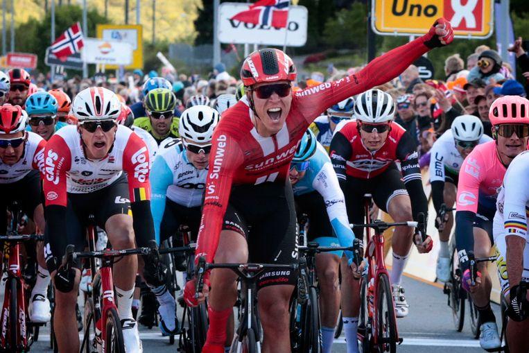 Cees Bol valt de vuist in de openingsetappe in de Ronde van Noorwegen.