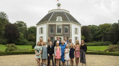 De Nederlandse kroonprinses Amalia draagt een jurkje en half bekend Nederland volgt haar voorbeeld