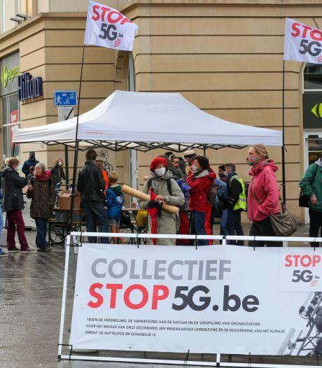 Rassemblement devant la gare centrale à Bruxelles pour dire non à la 5G