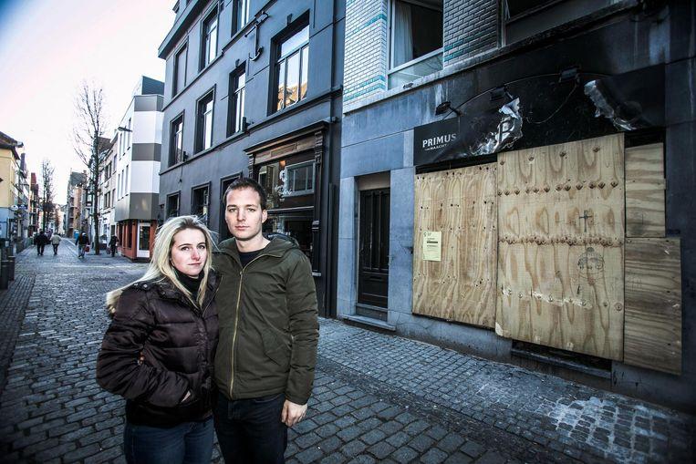 Brecht Desmet (24) en zijn vrouw Anouchka Borges (24) waren nog maar enkele dagen eigenaar van het pand toen A.J. het in brand stak.