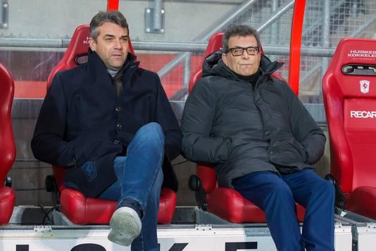 FC Twente-trainer Marino Pusic (l) en technisch directeur Ted van Leeuwen.