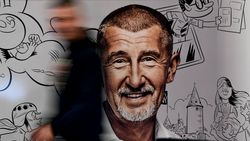 """Partij van """"Tsjechische Trump"""" ligt op kop"""