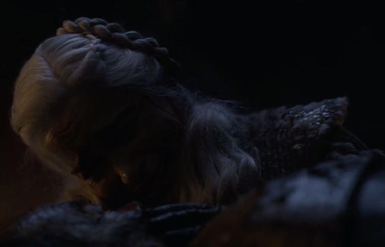 Daenerys huilt om Jorah.