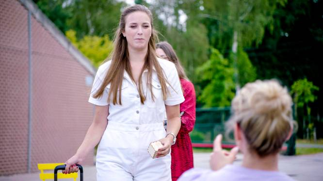"""Hanne is het favorietje van boer Frits in 'Boer Zkt Vrouw', maar... """"Echte verliefdheid duurt even bij mij"""""""