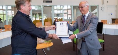 Jan Lammersen uit Balkbrug geëerd met medaille na heldendaad: 'Ik heb mij geen moment bedacht'
