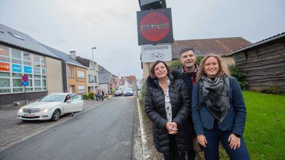Dynamische verkeersborden voor schoolomgevingen Sint-Amandus en Sint-Franciscus