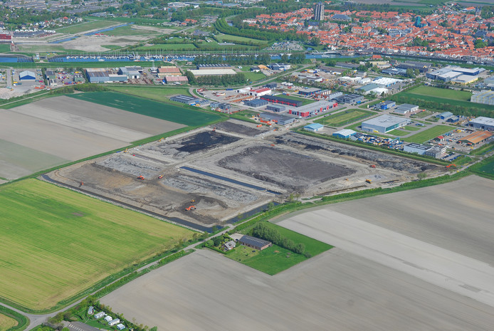 Het bedrijventerrein aan de zuidkant van Zierikzee