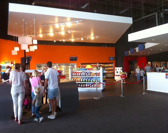 Eerste stappen in nieuwe Kinepolis in Breda Foto berry van der heijden