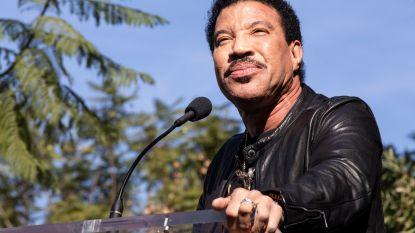 Lionel Richie denkt aan nieuwe versie 'We Are The World'