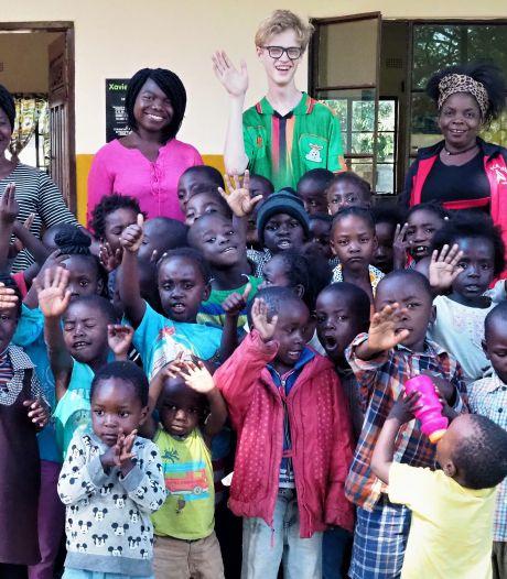 Xavier is pas 18 jaar maar heeft al een eigen school in Zambia