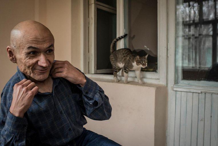 Jamshid Karimov is de neef van de overleden president Karimov, die hem tien jaar geleden liet opsluiten in een psychiatrische inrichting. 'Mijn oom was bang dat ik mijn mond open zou doen in het Westen.' Beeld null