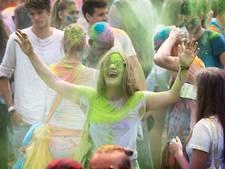 Dankzij de kleuren is iedereen bijzonder bij Holi Fusion in Eindhoven