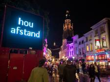 Burgemeester Depla van Breda trekt teugels aan en stelt verplichte looproutes in binnenstad in: 'Après ski-achtige feestjes zitten er nog niet in'