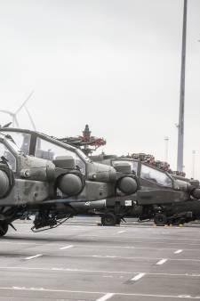 En images: des dizaines d'hélicoptères US débarquent à Zeebruges