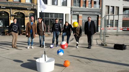Wereldprimeur in 't Stad: City Foot Golf