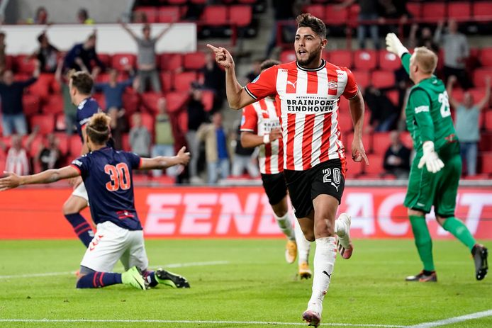 Maximiliano Romero of PSV celebrates 2-1 during PSV - FC Emmen NETHERLANDS ONLY COPYRIGHT SOCCRATES/BSR