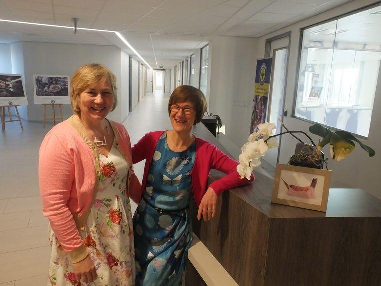 Hoofdvroedvrouw Sabine Van de Vyver en diensthoofd gynaecologie Béatrice Thaler.