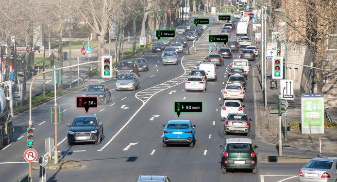 Audi's weten wanneer verkeerslichten op groen springen, waardoor het verbruik met tot 15 procent daalt, aldus Audi.