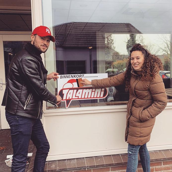Fabio en zijn zus Stella Bouwhuis openen in maart een ijssalon van Talamini in het centrum van Raalte.