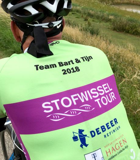Vader fietst met team Bart & Tijn voor zijn doodzieke kinderen