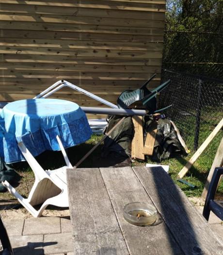 Ronald (31) treft zijn hondenschool zwaar vernield aan: 'Dit is een enorme klap'