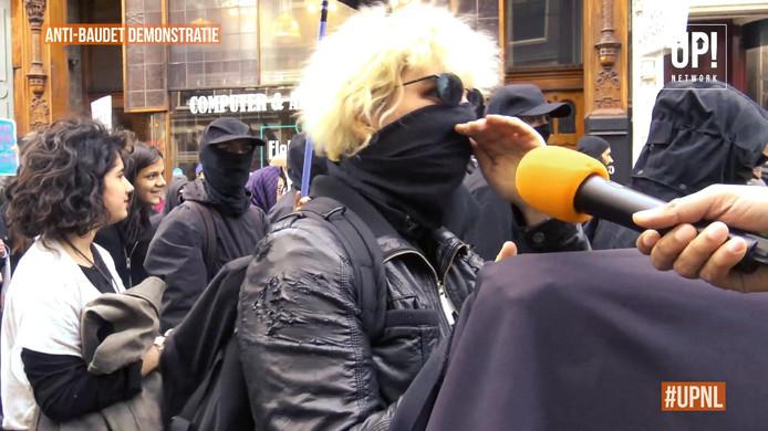 Mila van den B. tijdens de antiracismedemonstratie in Amsterdam.