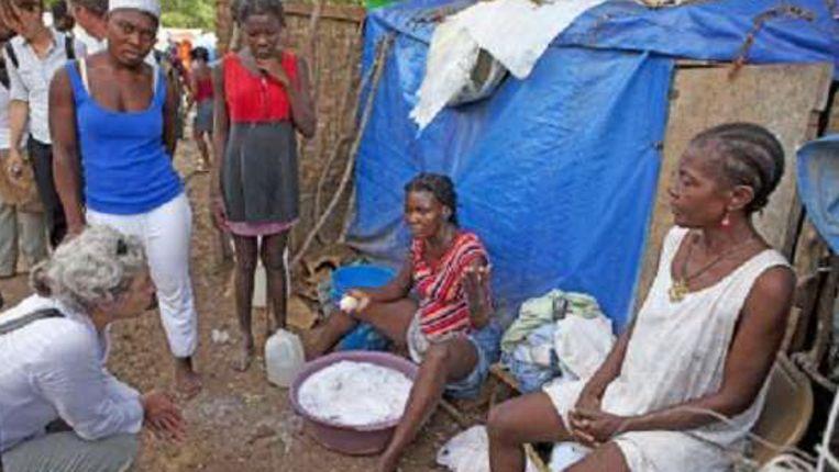 Een vluchtelingenkamp van Oxfam Novib in Haïti. (ANP) Beeld