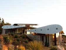 Les ailes d'un Boeing 747 forment désormais le toit d'une villa à Malibu
