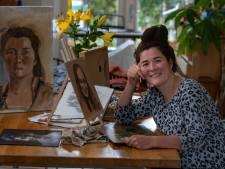 1,4 miljoen kijkers zien Monica tepels vergeten bij naaktportret in Project Rembrandt