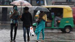16 doden en honderdtal vermisten na doortocht van cycloon in India en Sri Lanka