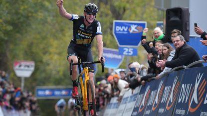 Aerts wint Koppenbergcross na spannende strijd met Vanthourenhout en Van Aert, Van der Poel op meer dan 4 minuten (!) gereden