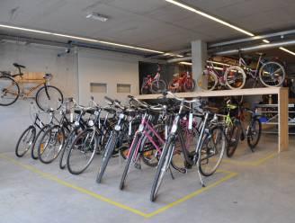 """Geen fietsbieb in Waregem: """"Tweedehandsfietsen bij Veloods zijn bijna gratis"""""""