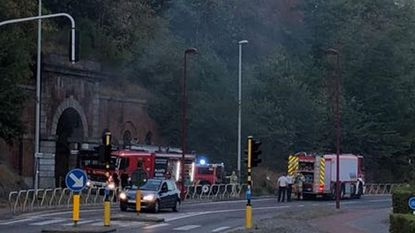 Brand aan oude stadsomwalling