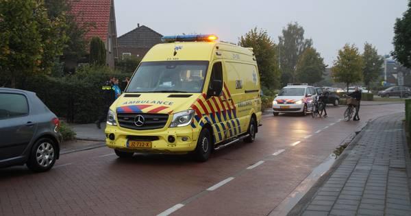 Scooterrijdster gewond door aanrijding met auto in Drunen.
