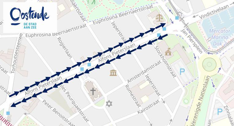 In de Alfons Pieterslaan komt er eenrichtingsverkeer voor de voetgangers. Aan de kant van de even huisnummers kunnen voetgangers richting Mariakerke wandelen (weg van het centrum) en aan de kant van de oneven huisnummers in de richting van het centrum.