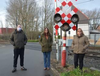 Al meer dan duizend mensen tekenen petitie tegen sluiting spooroverweg Terjodenstraat