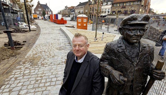 """,,Vanwege de coronacrisis"""", laat wethouder Eric van den Broek de gemeenteraad per brief weten."""